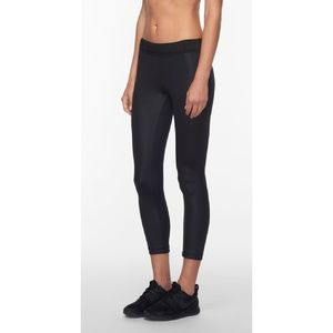 Wired Cropped Legging